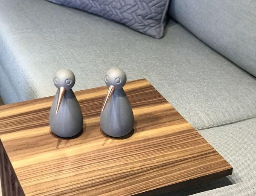 אקססוריז לשולחן צד ציפורים