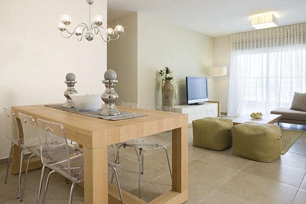 עיצוב הסלון בעזרת מזנונים וספות